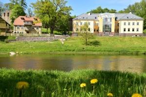 Valmiera sveicina vasaru, koši plaukstot un zaļojot 13