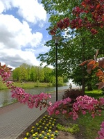 Valmiera sveicina vasaru, koši plaukstot un zaļojot 20