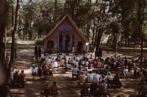 Kurmenes katoļu baznīcā vērienīgi atzīmē 150 gadu jubileju 43