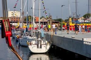 Ventspilī uz «Gulf of Riga Regatta 2020» buru parādi ierodas vairāk nekā 50 jahtas 55