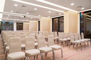 Mogotel Hotel Group pārņēmusi lielas Ukrainas galvaspilsētā Kijevā strādājošas četrzvaigžņu viesnīcas - Sky Loft Hotel Kyiv by Rixwell- pārvaldību 9