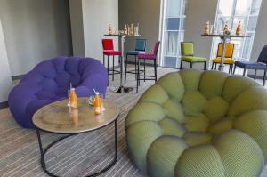 Mogotel Hotel Group pārņēmusi lielas Ukrainas galvaspilsētā Kijevā strādājošas četrzvaigžņu viesnīcas - Sky Loft Hotel Kyiv by Rixwell- pārvaldību 17