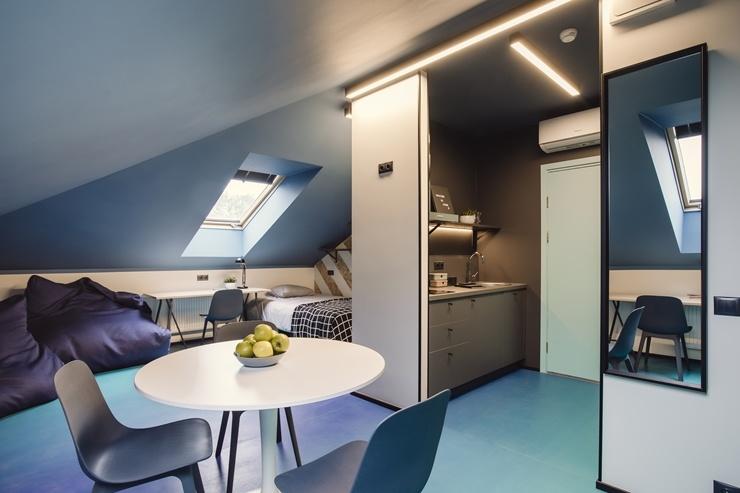 Rīgā atklāj jaunu naktsmītni «Duck Republik Student Hotel Riga»