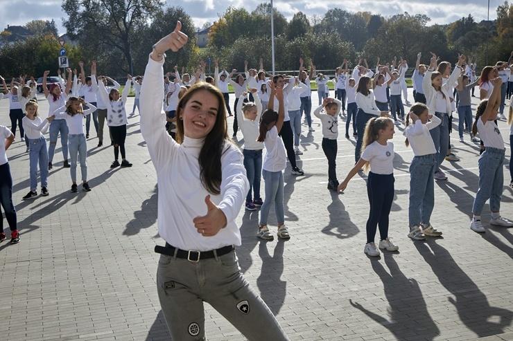 Rēzekne iesaistās «Jerusalema» dejas izaicinājumā 293018